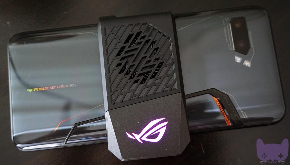 ROG Phone 2 Unboxing AeroActive Cooler 2